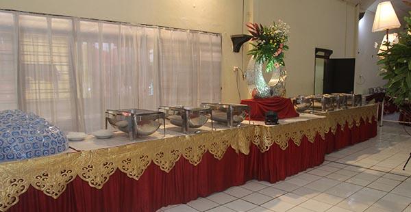 Catering Kota Wisata Cibubur prasmanan enak dan murah